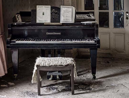 Abandoned Interiors by Dan Marbaix